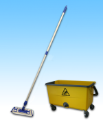 Flat mop and bucket kit
